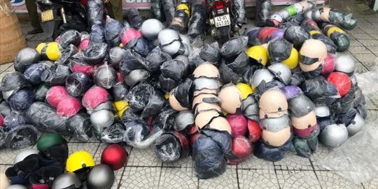 Thu giữ hàng trăm mũ bảo hiểm giả nhãn hiệu Nón Sơn